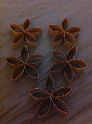 Day 120 Cardboard Wall Flowers Daily Craft Project